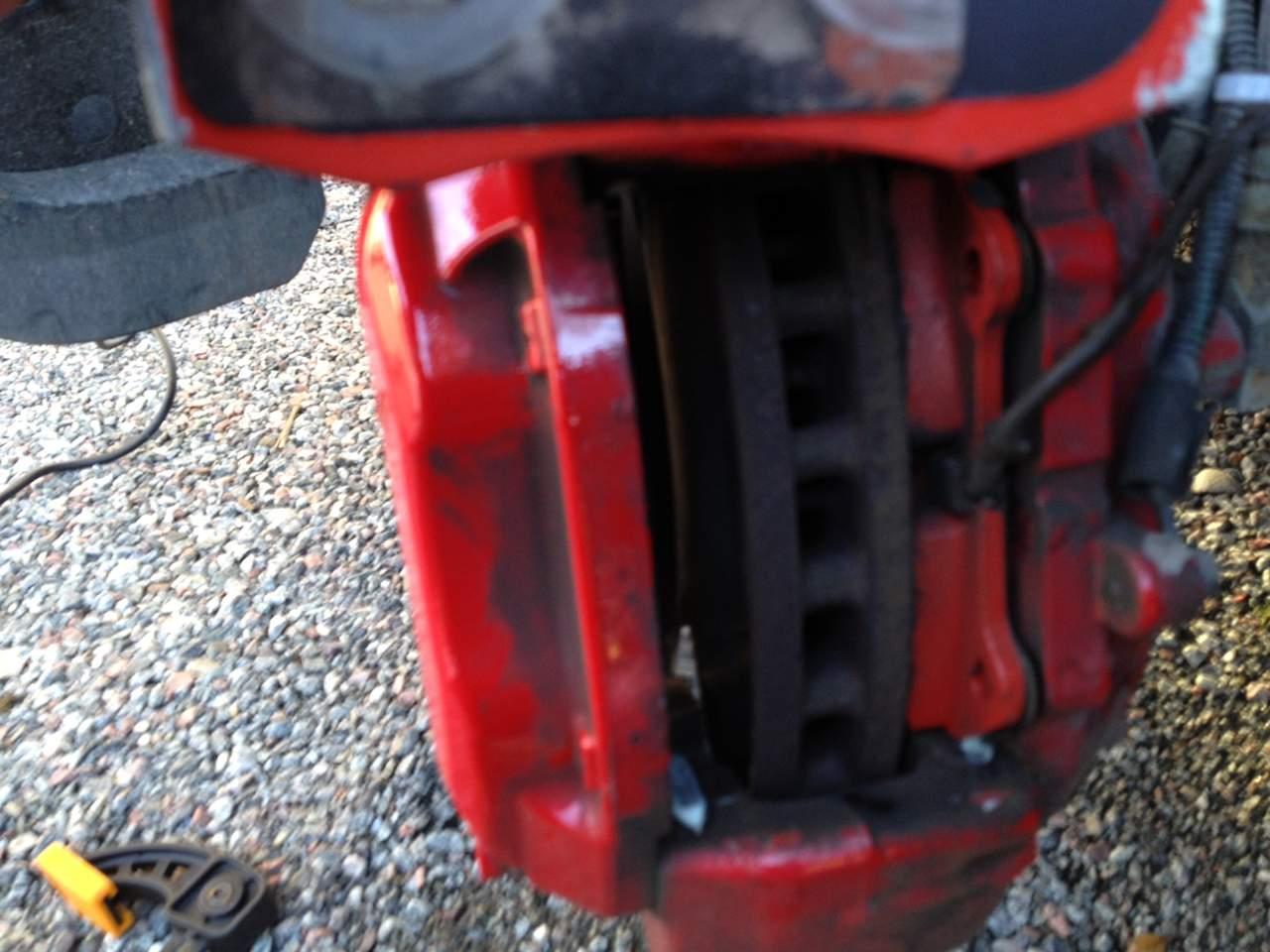 Changing Brake Pads-broms8.jpg