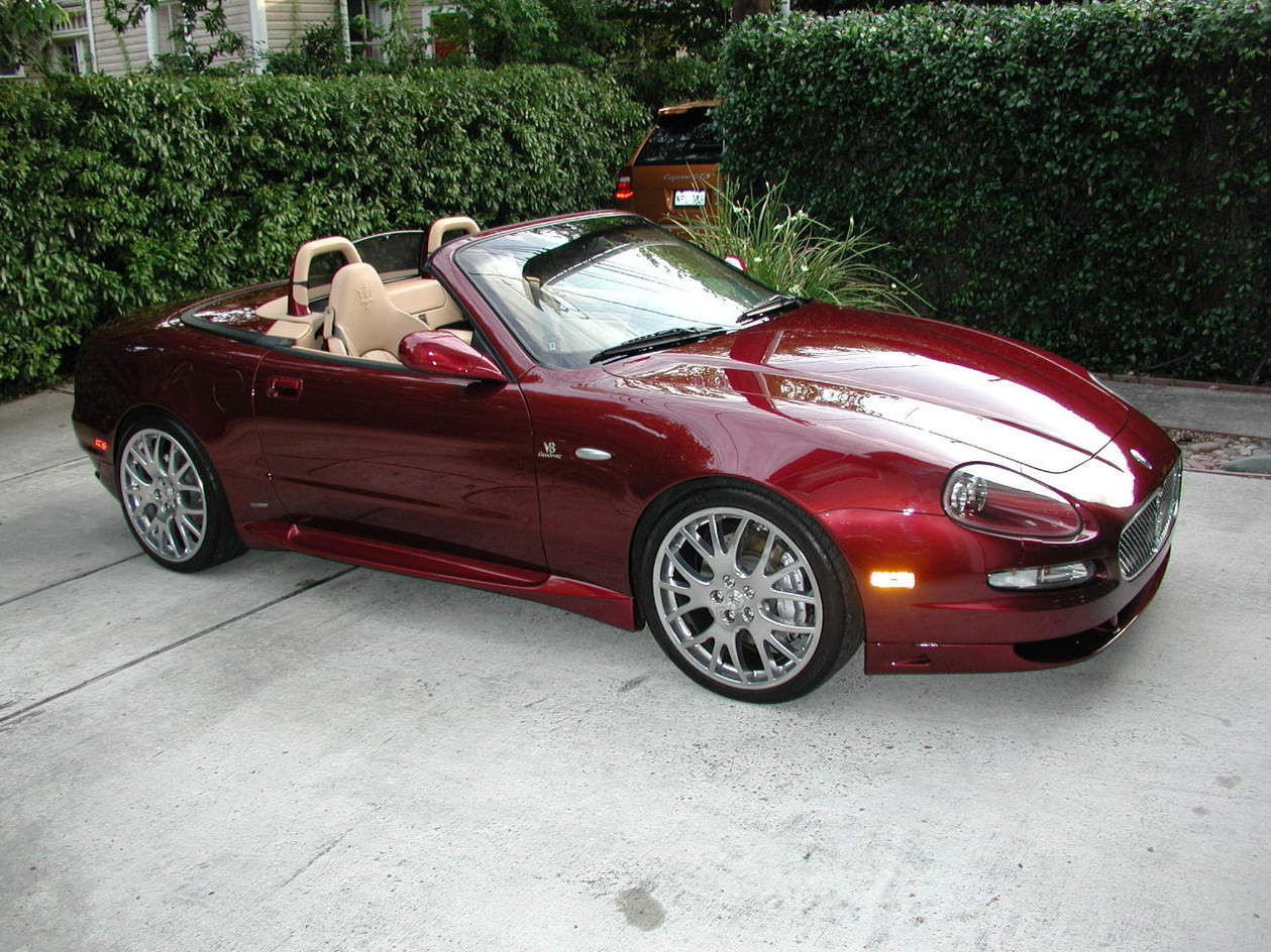 http://www.maseratilife.com/forums/attachments/coupe-spyder-gs/6533d1276052847-selling-2006-gransport-spyder-p1010732.jpg