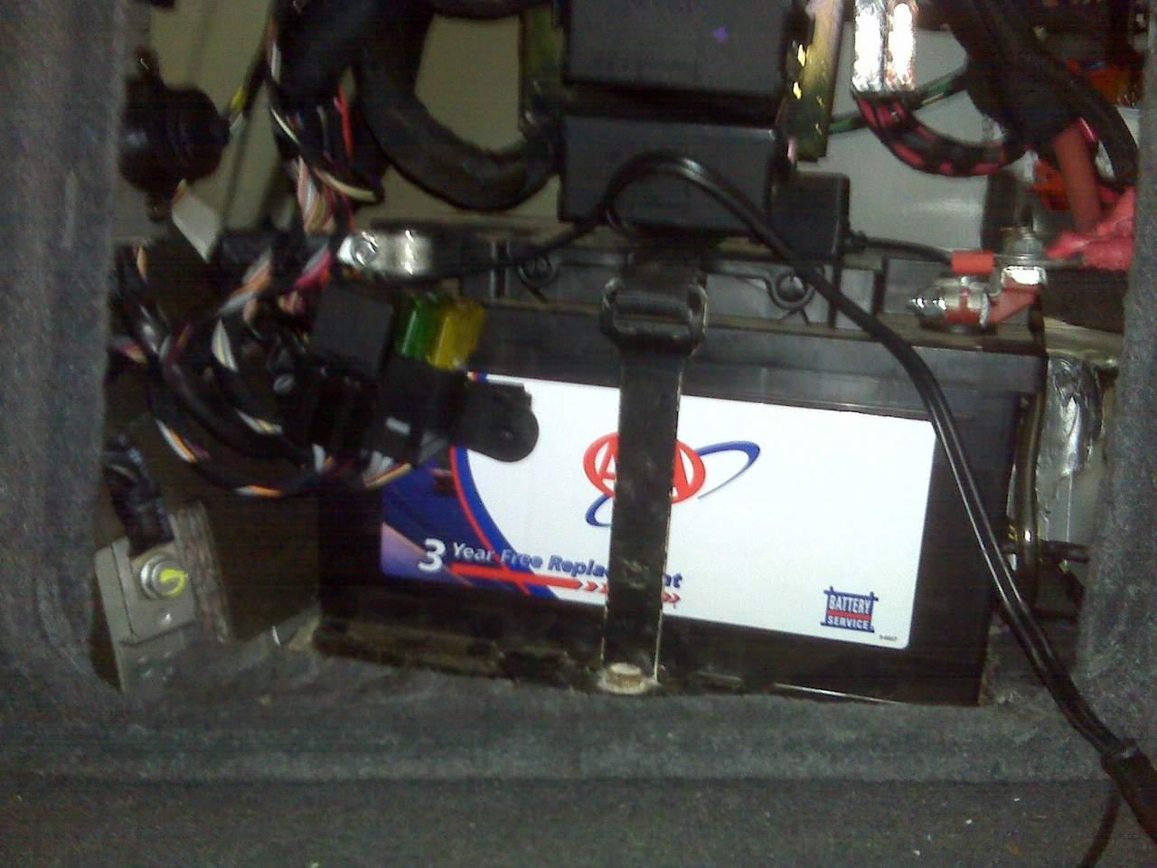 F1 relay location picture? - Maserati Forum