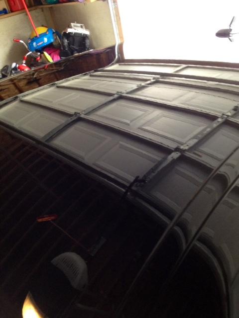 Photos of Pinnacle Wax on Black Maserati.-roof.jpg